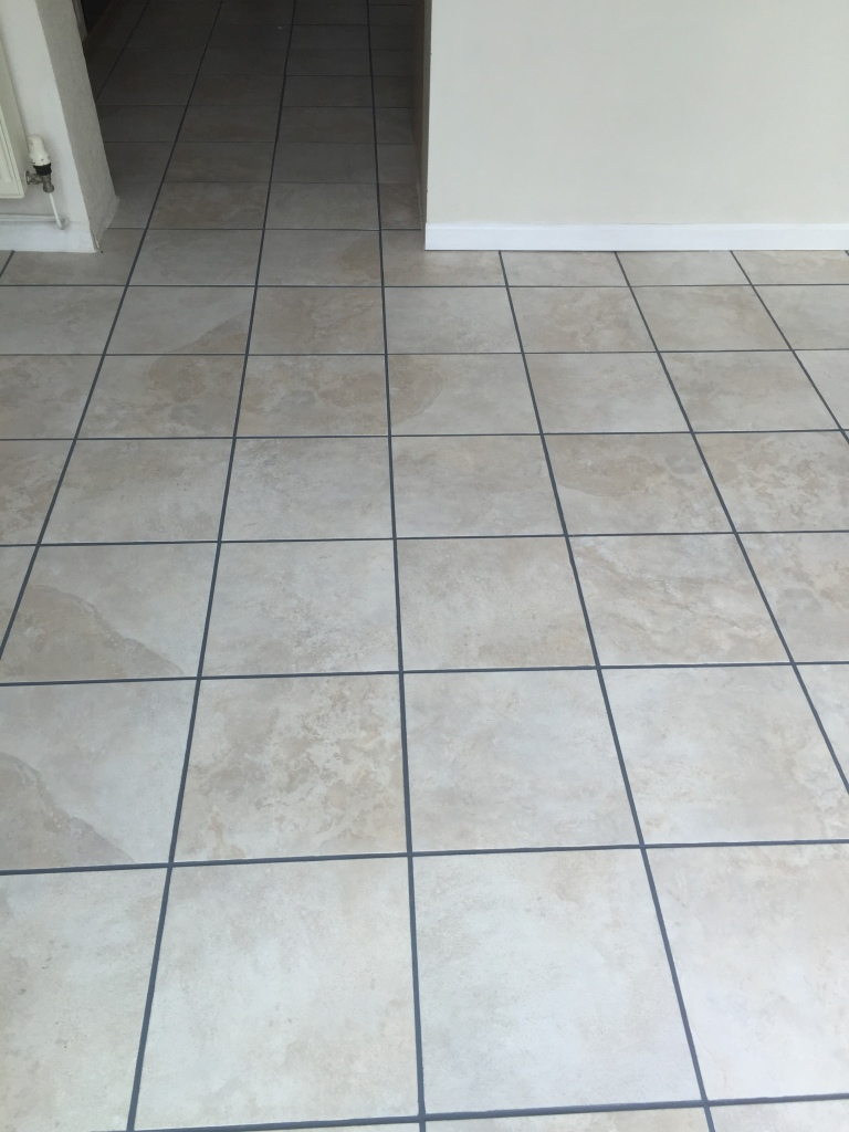 Ceramic Tiles Somerton After Cleaning and Grout Colouring