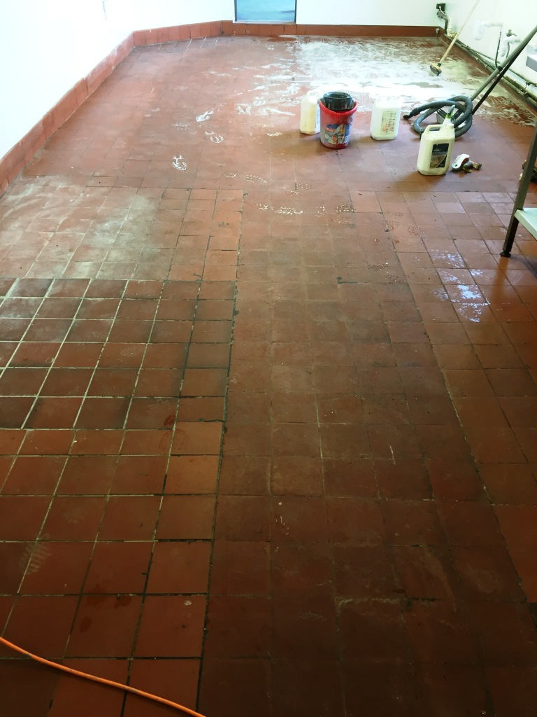 Quarry Tiles Cleaned and Sealed at a Pub in Yeovil, Somerset ...